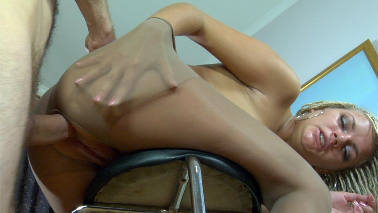 Ophelia & Peter mindblowing anal pantyhose movie