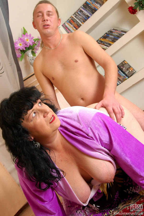 galleries ferronetwork fhg boyslovematures 5134 2 boyslovematures g5134 030