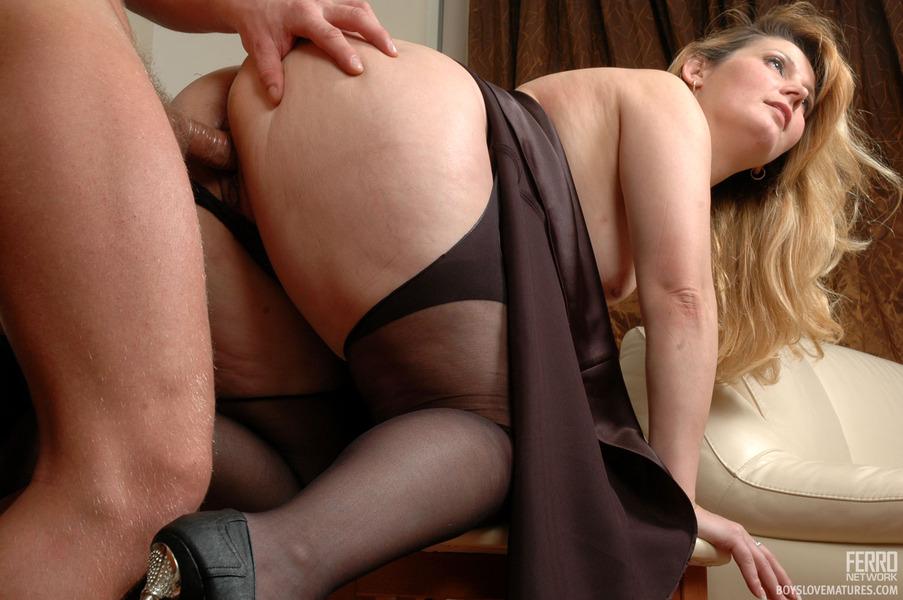 Порно фото матюрки
