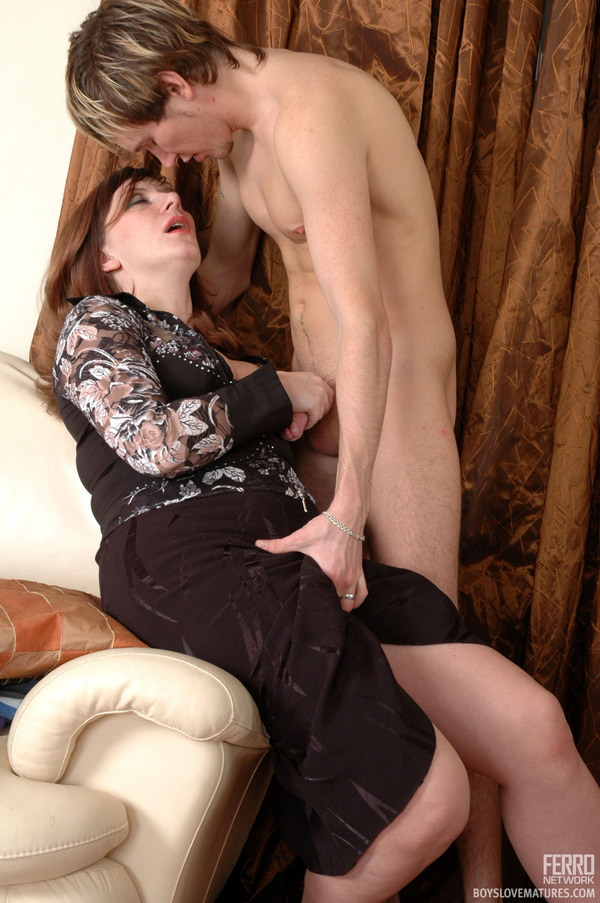 galleries ferronetwork fhg boyslovematures 5174 2 boyslovematures g5174 015