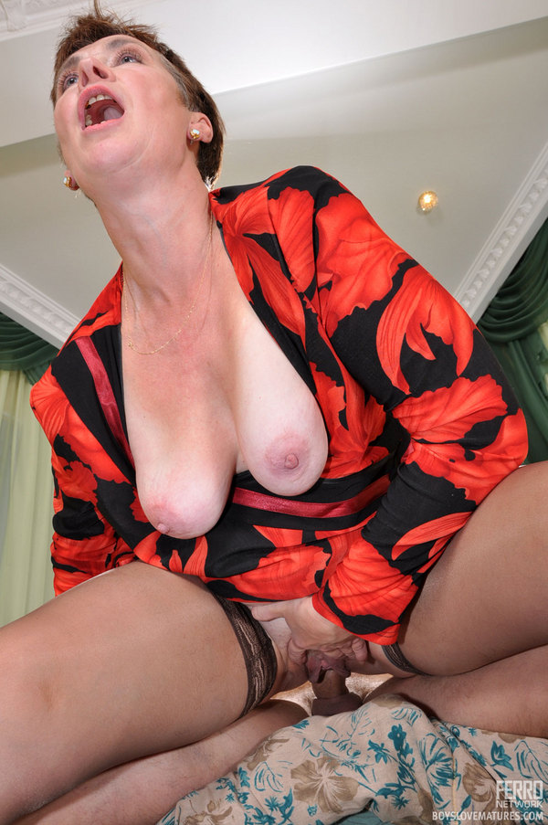 Smoking milf loves young twink by troc