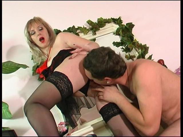 Silvia & Pete kinky mature action