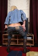 Pantyhose Erotica