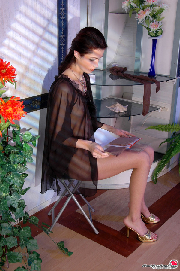Soft Silky Pantyhose Into Her 11