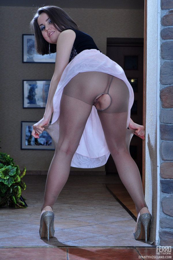Pantyhose Gets 78