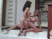 Elvira&Stephanie