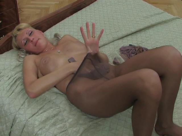 Hilda videotaped while wearing pantyhose
