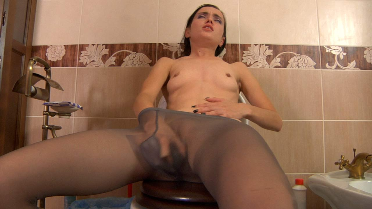Veronica in pantyhose action