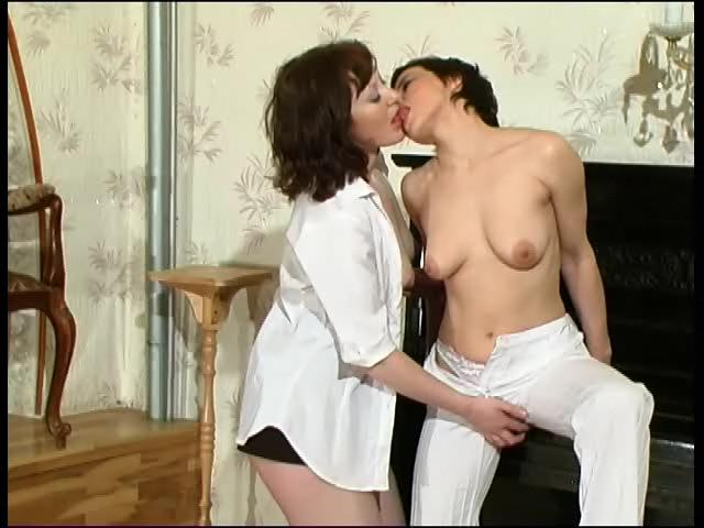 Ethel & Gwendolen vivid lesbian mature action