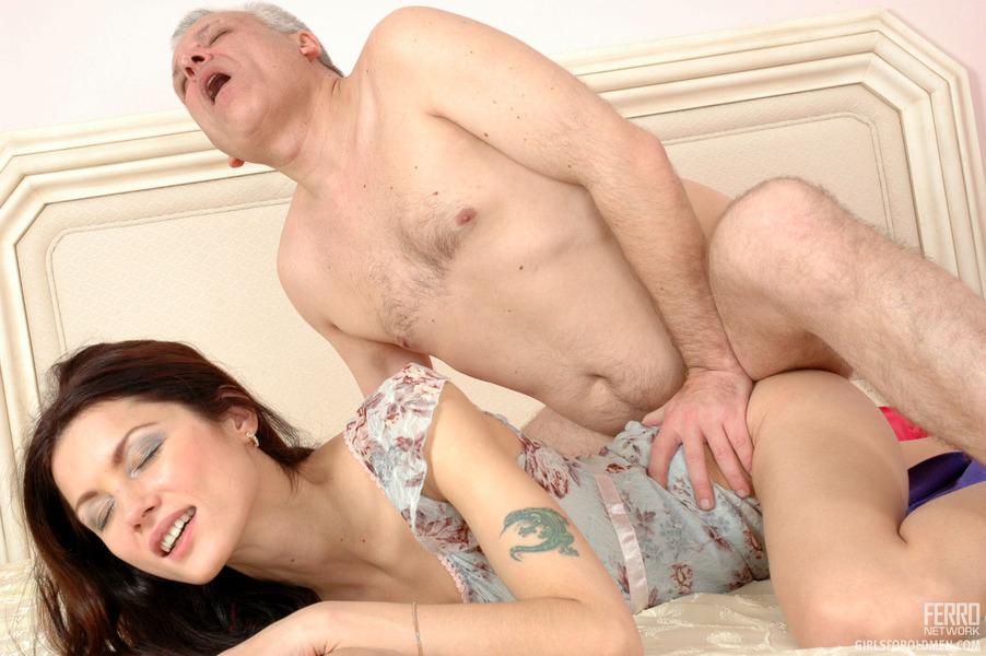 seks-i-starenie-zhenshini
