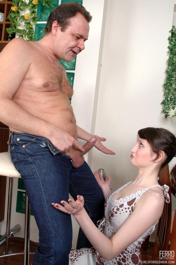 Смотреть онлайн бесплатно семейное порно жена с мужем 27 фотография