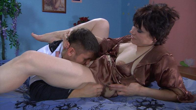 eroticheskie-filmi-pro-kolgotki-onlayn