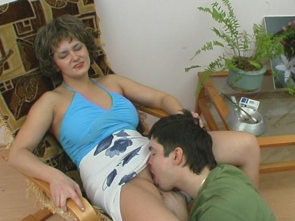 zhenshina-gotovaya-zaplatit-za-seks
