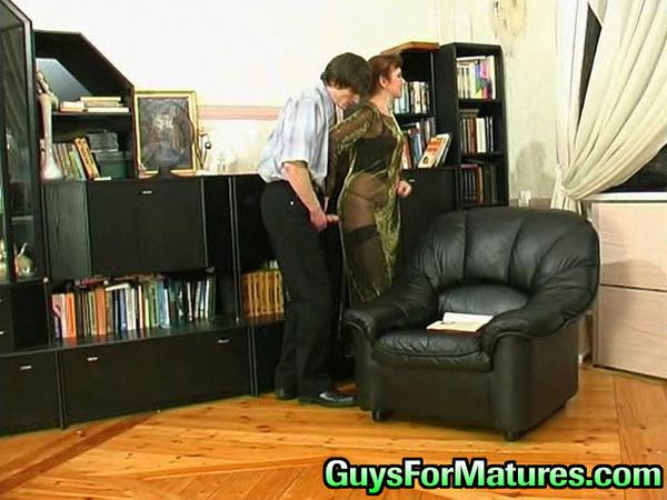 Смотрите порно инцест видео онлайн в HD на IntimClub.net