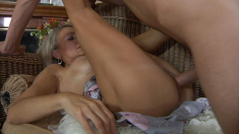 Порно массаж для русской мамки