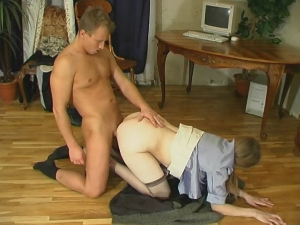 porno-video-zrelaya-rakom