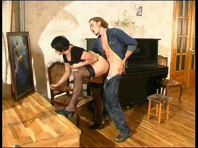 Laura & Mike seductive mom on video