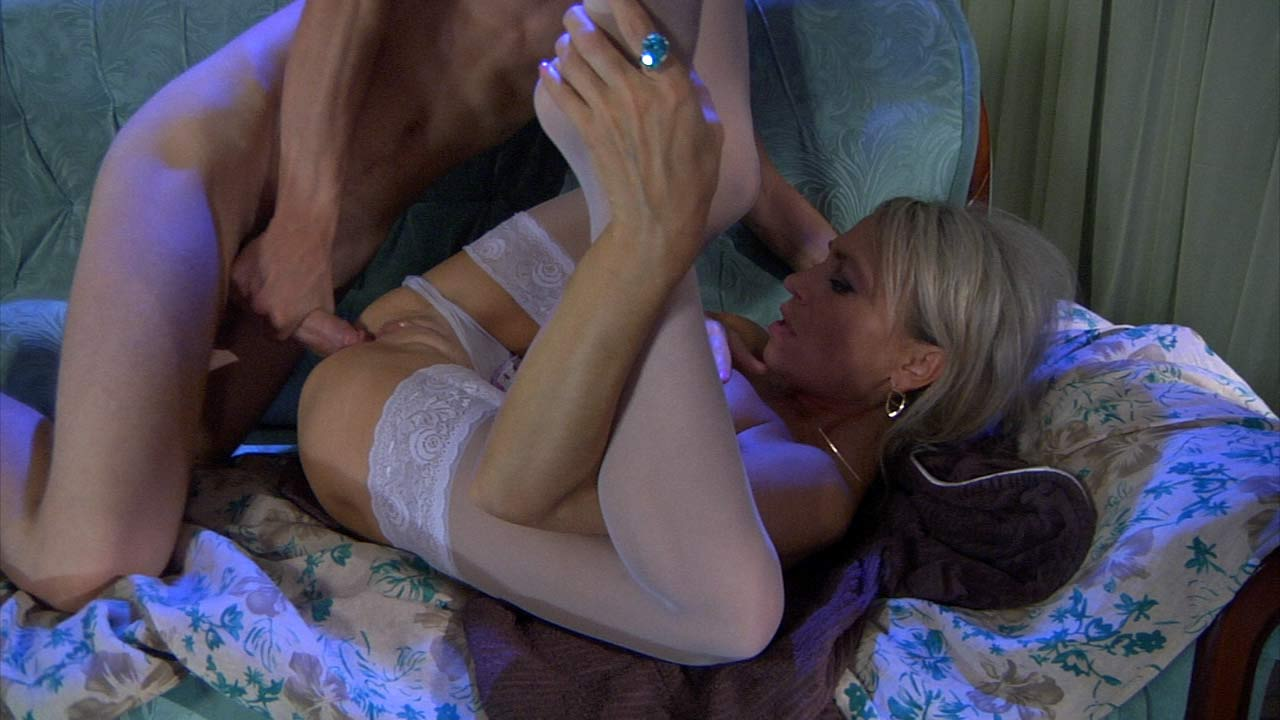 Ninette&Robin Furious Mature Action