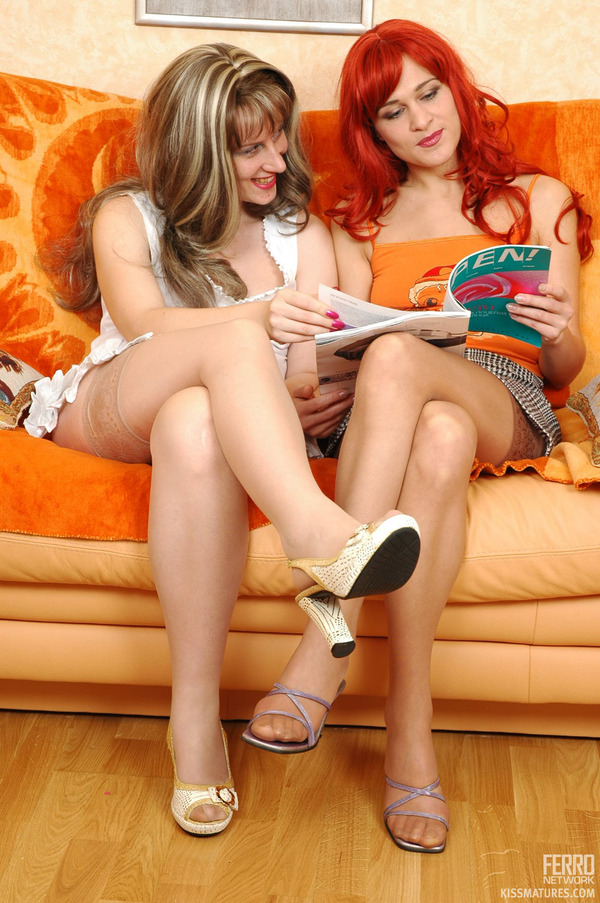 French women in pantyhose