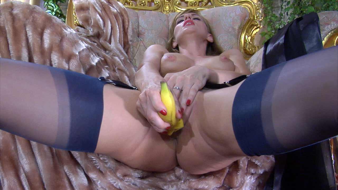 Порно в чулках с ментами