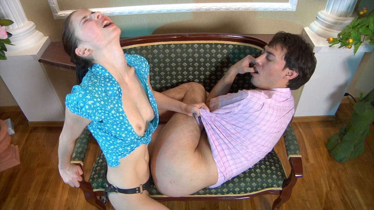 Смотреть порно онлайн мужчины трахают девушку 24 фотография