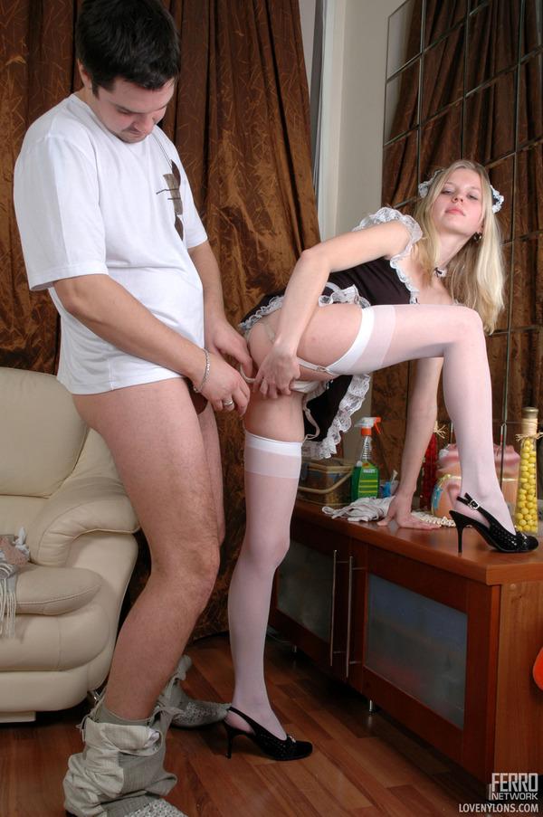 naked maid having sex