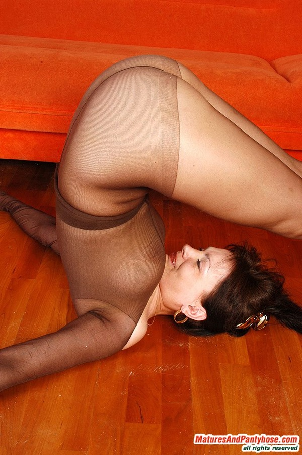 Good, Nylons maturesandpantyhose mature pantyhose sex