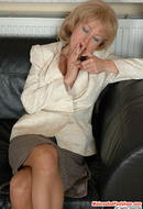 MILFs in Pantyhose