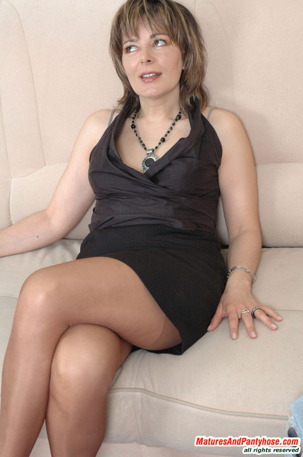 And pantyhose mature pantyhose free