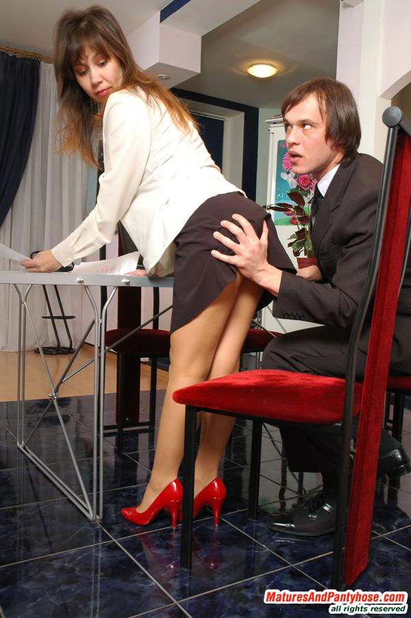 Смотреть секс на работе бесплатно онлайн 17 фотография