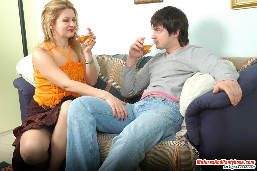 Ramona And Adam Kinky Olde