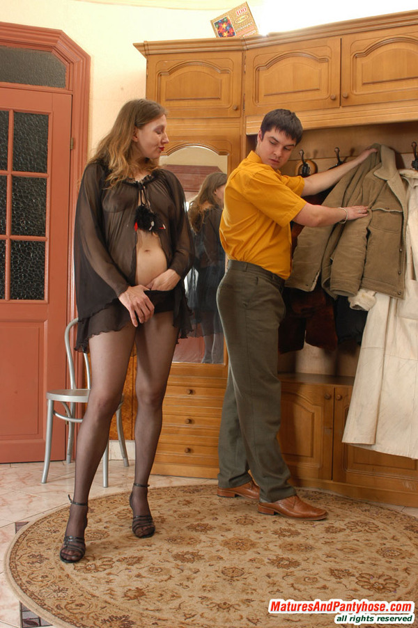 real-pantyhose-sex-is-legjobs-girls-porn