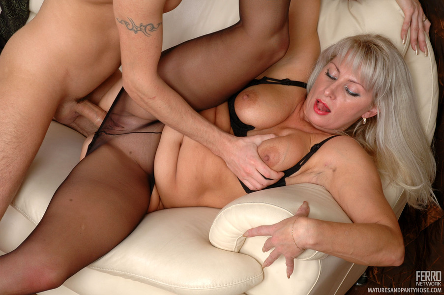 Tina and rolf pantyhose fuck - 2 9