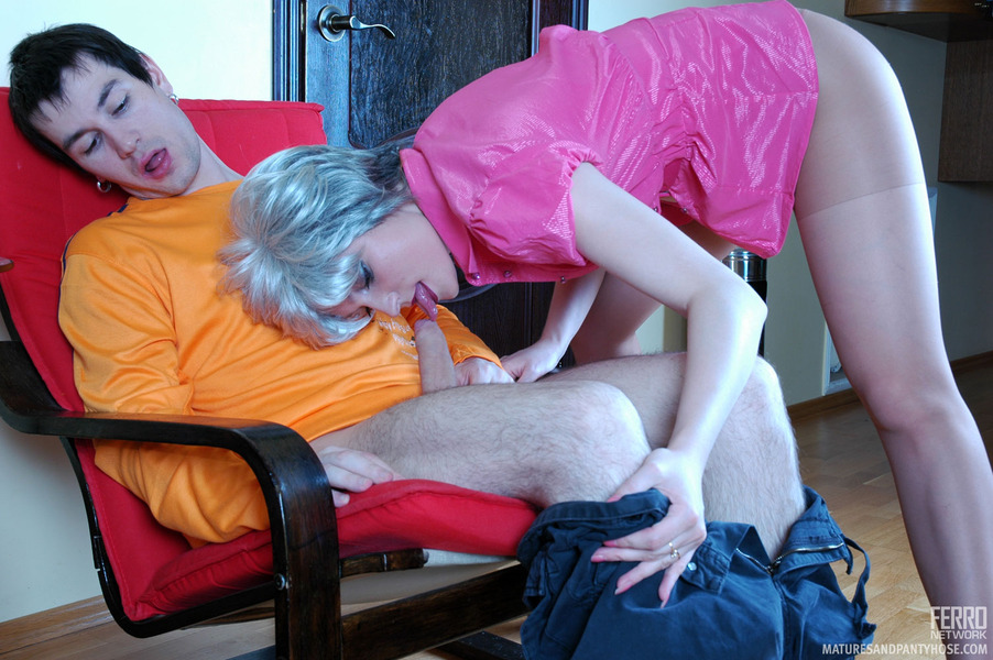 Boys seducing mature women