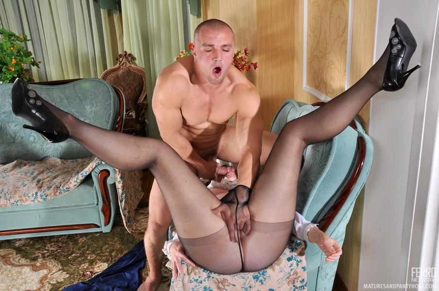 Wife nude in yard