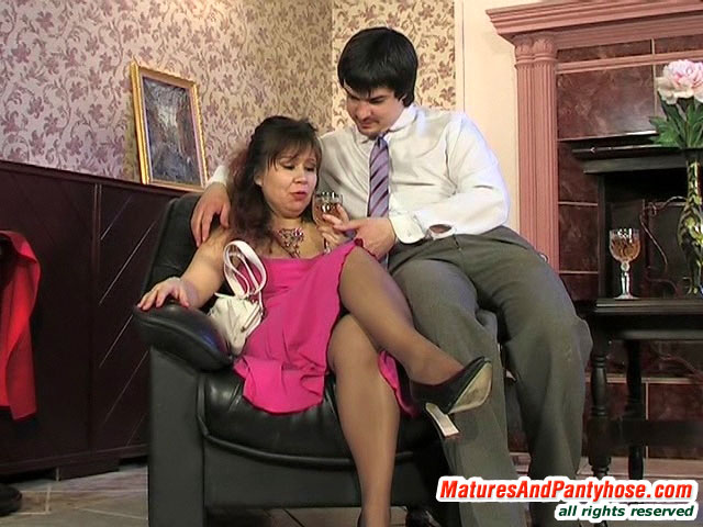Susanna Felix Mature Pantyhose Video Maturesandpantyhose 12