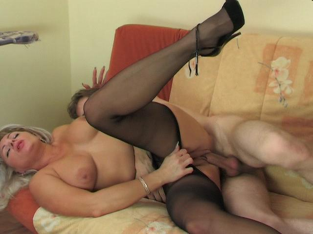 Jessica&Jerome Mature Pantyhose Video