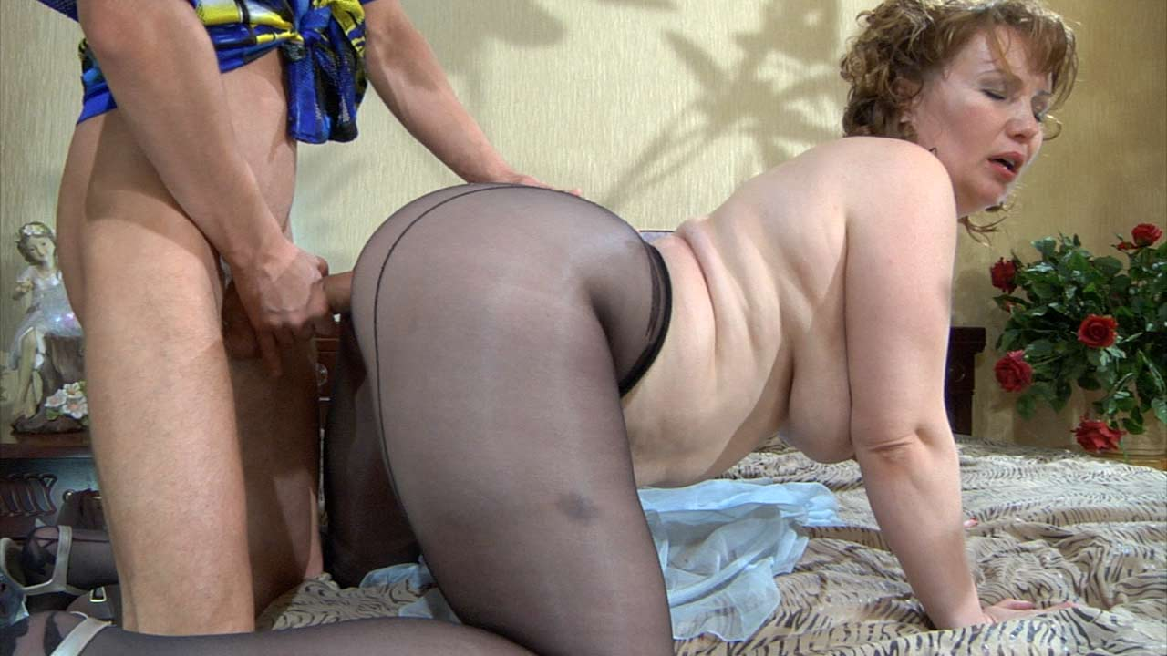 Mature pantyhose sex movies