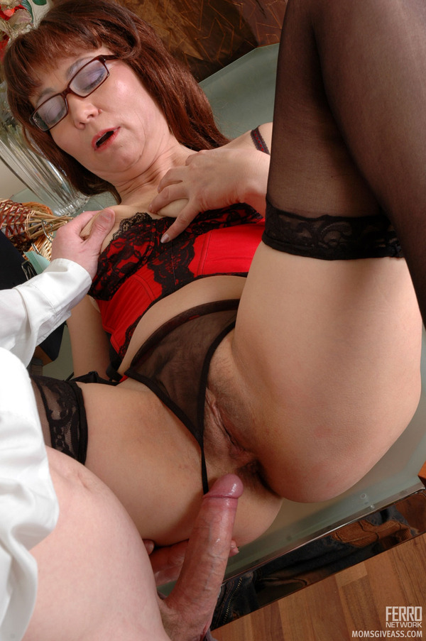 from Wilder sexy heeled mom fucking