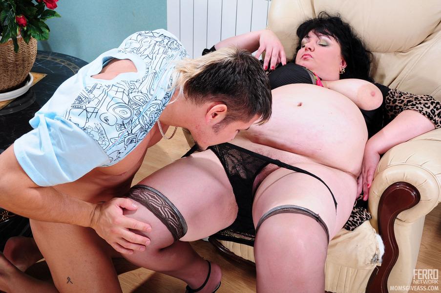 russkiy-seks-video-s-syuzhetom