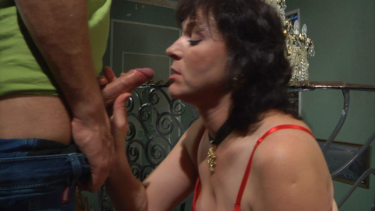 fc momsgiveass g1001 12 Anal cumshot facial porn star