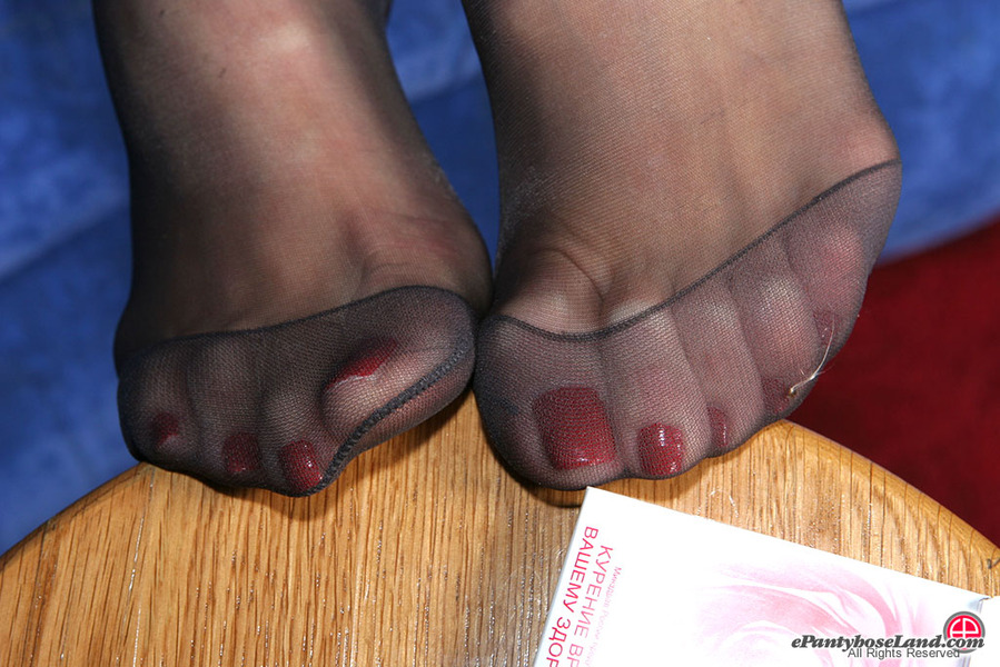 Pantyhose feet sites