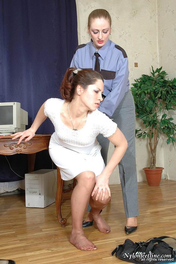 女同舔丝袜80p_03 丝袜女同的游戏53[80p]