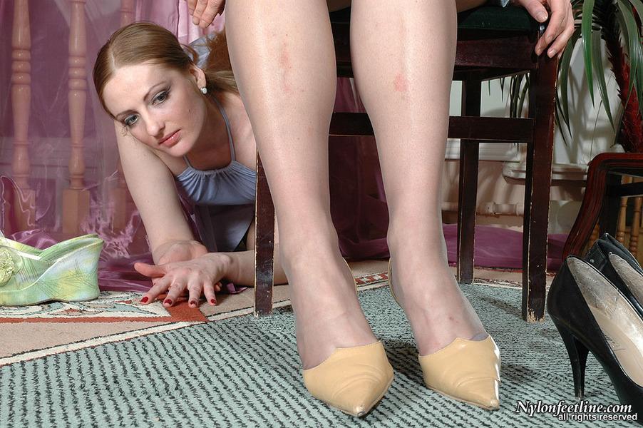 女同舔丝袜80p_丝袜女同的游戏54[80p]