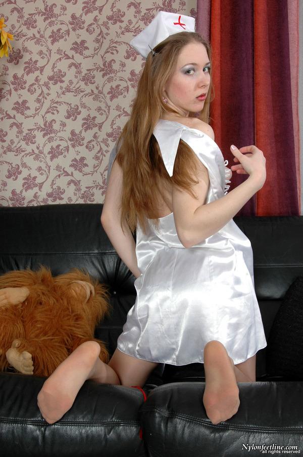 成人网熟女照_nylonfeetline裤袜熟女223 - 全国最大成人色情网 本地演示 点击:加载