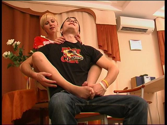 Cassandra & Vitas great nylon feet action