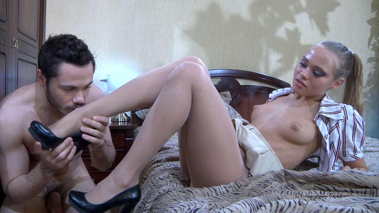 Emeralda & Geffrey mindblowing nylon feet movie
