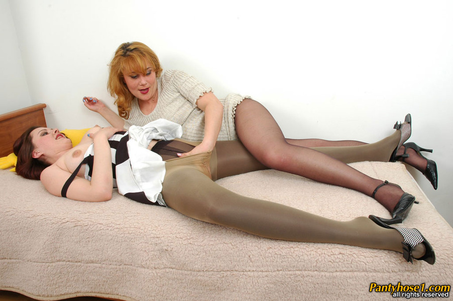 20 quality pantyhose sites all with