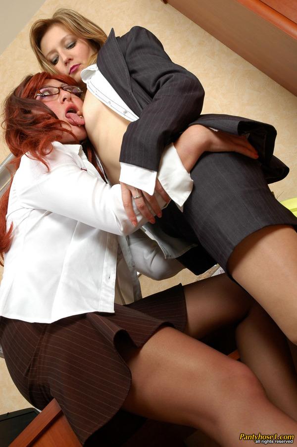 Mature Lesbians Seducing Younger Women