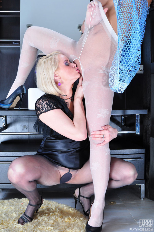 Action Sexy Pantyhose Lesbians Pantyhose 77